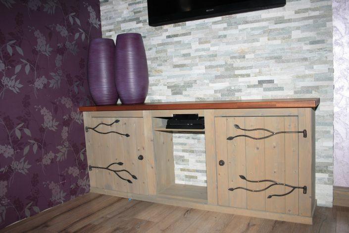 tv-meubel-interieurbouw-timmerwerk